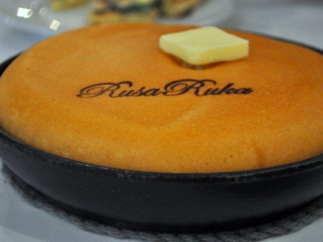 【自由が丘】絵本みたい!ふっくら大きなぐりぐらホットケーキ