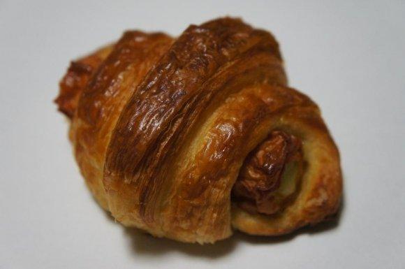 大阪の新名物!ちくわをパン生地で巻いた新感覚のチクワッサン