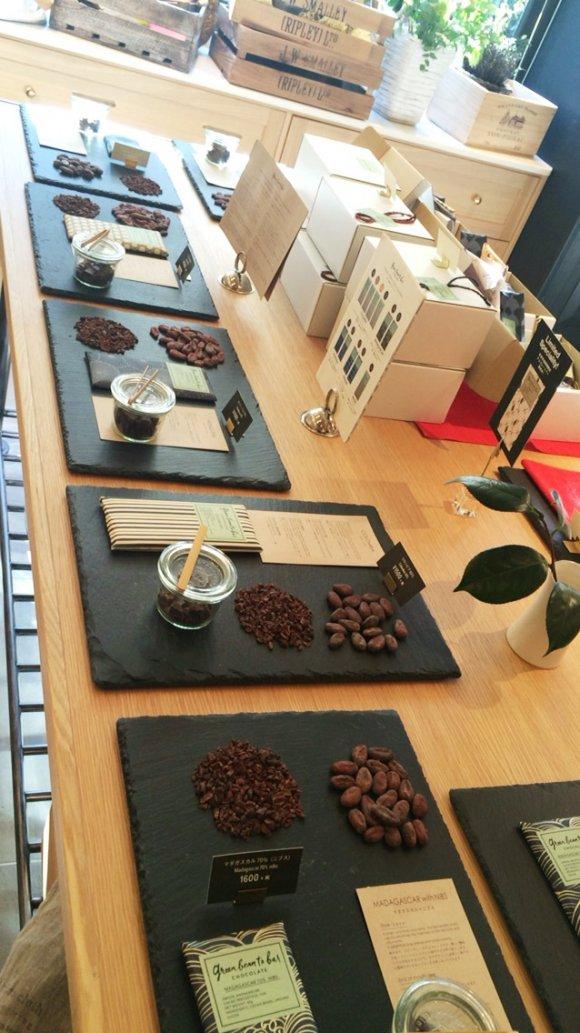 こだわり派のバレンタインに。チョコ作りの全工程が判る専門店