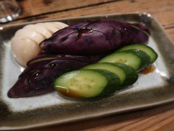 新鮮で大ぶりなモツが美味しい!渋谷の路地裏にある隠れ家風スタミナ串焼