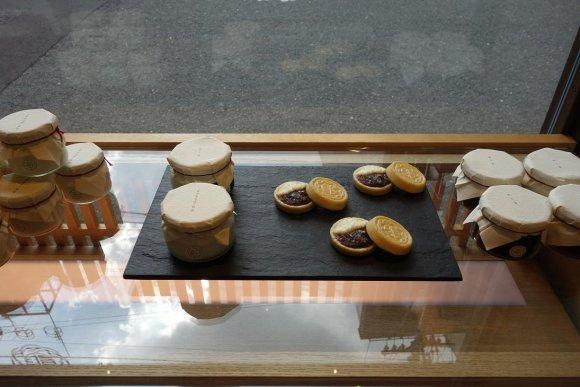 京都・祇園にオープン!話題のあんスイーツ店『あんまかろん』