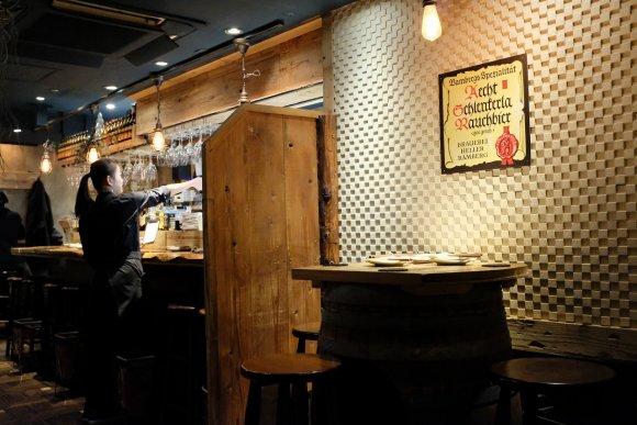 デザートまで燻製!新宿の燻製料理の魅力を味わい尽くせるお店
