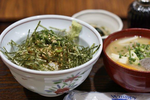 地元在住の食通が絶賛!福岡・天神界隈の激ウマ定食屋6記事