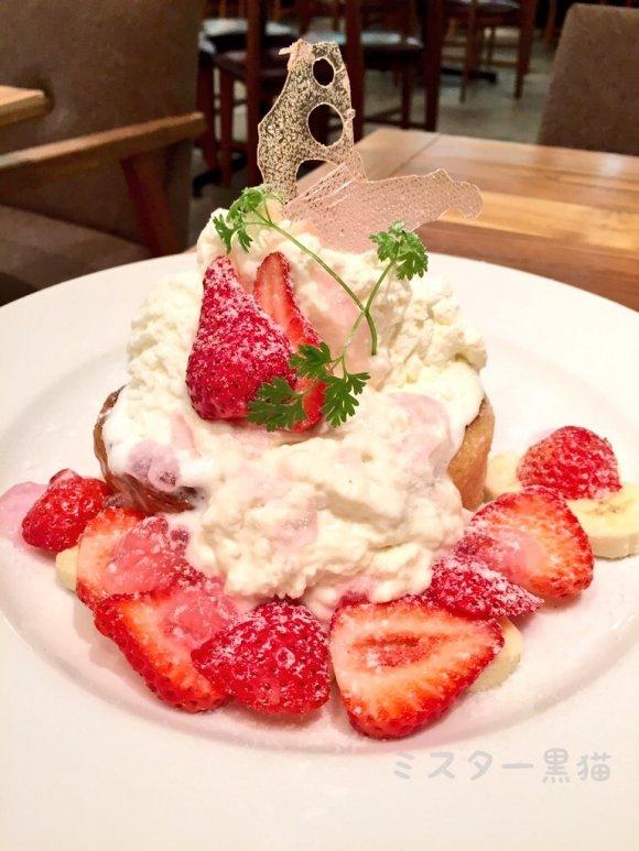 春爛漫!あまおうと桜パンナコッタのフレンチトーストは必食!