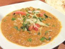 インド料理屋の「パン」が絶品!スパイス料理とワインのお店