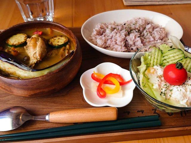 お坊さんの作った薬膳スープカレーランチが食べられる天王寺のお寺カフェ