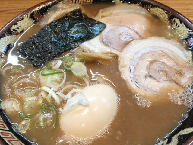 大阪にあの風来軒が再上陸!豚骨と水だけでとるスープが自慢のラーメンを