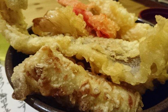 15種類の天ぷらのせ放題が800円!?今すぐ行くしかない超お得ランチ