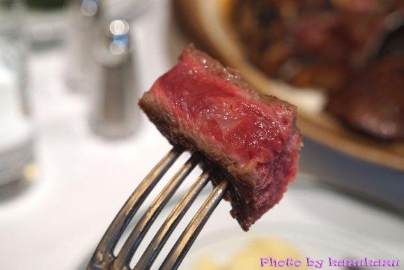ステーキの焼き上がりまでを生中継!ウルフギャングの貴重な体験イベント