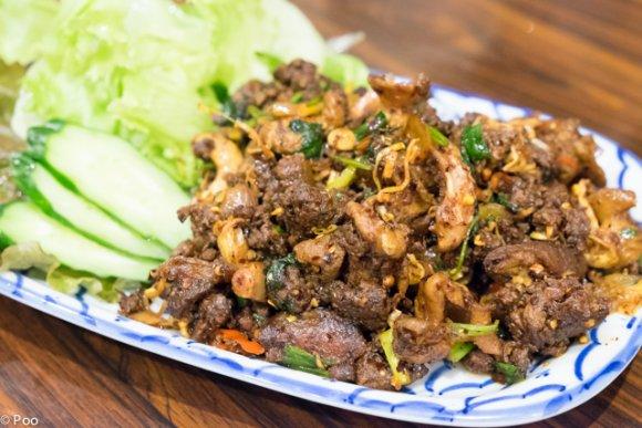 これは本物!マニアが自信を持ってすすめる、タイ料理を愛するコックの店