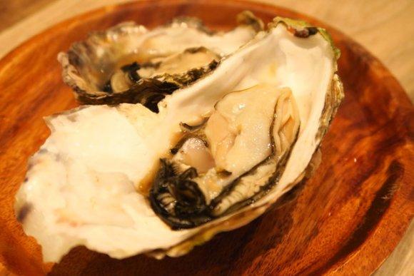 ホタテも牡蠣も食べ放題!25種の浜焼きと料理を2500円で好きなだけ