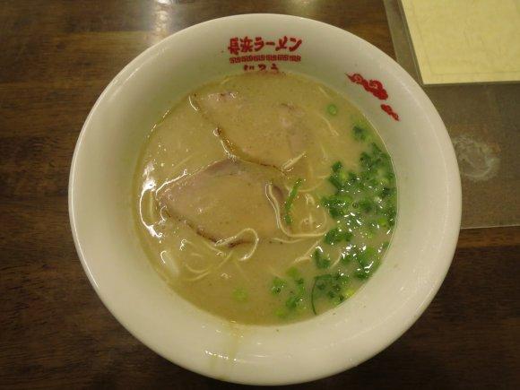 暑気払いの〆に!福岡・西新の安くて旨い豚骨ラーメン厳選3軒