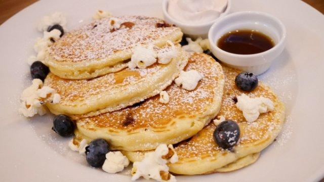 本日オープン!ニューヨークの朝食の女王・サラベスが八重洲に