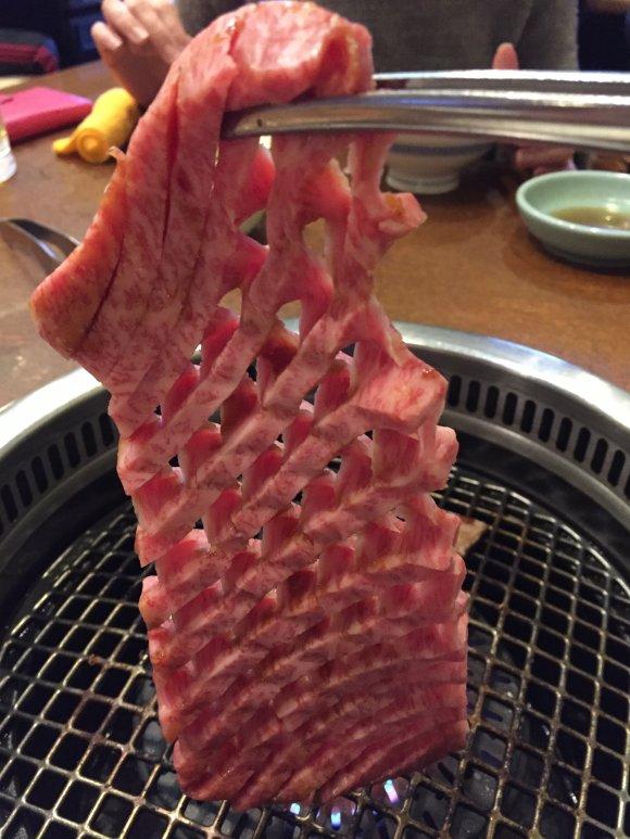 「上」を頼まなくても充分満足できる!昭和44年から続く人気の焼肉店