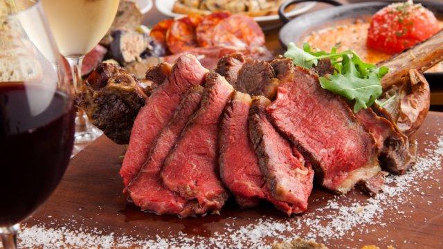 極旨佐賀牛に希少肉、豪快塊肉も!肉好きなら通いたくなる表参道の肉バル