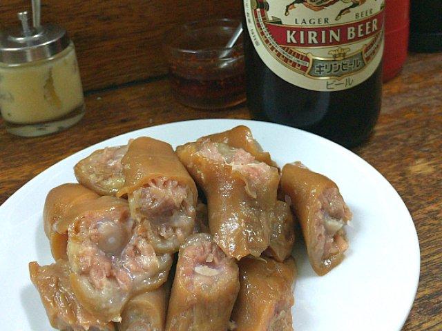 お酒が止まらない!豚専門店の名物「豚の醤油煮」は病みつきになる味わい