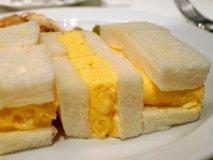 玉子サンドが超進化!食パン専門店セントルザベーカリーのオムレツサンド