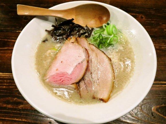 熊本城観光と共に!繁華街「上通り・下通り」の注目ラーメン店3軒・4杯