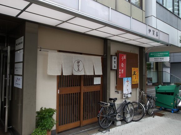 大阪の土用は「まむし丼」!?うなぎがいないうなぎ丼@天満橋