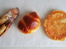 魅力的なパンがたくさん!ひっきりなしに人が吸い込まれていく人気のお店