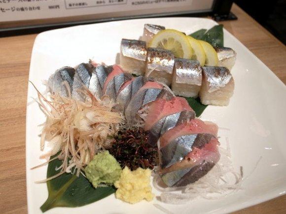 オマール海老も食べられる!銀座の立食いそば屋「俺のそば」