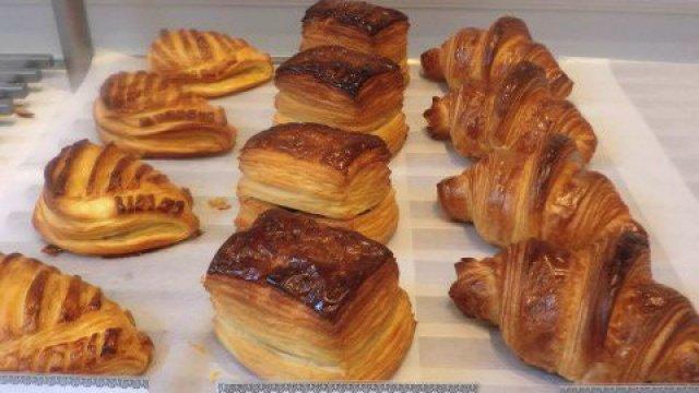 極上のパンにビストロ級の料理!一度で二度美味しいパン屋さん
