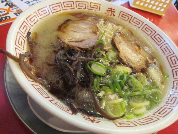 市街地なのに500円以下!濃厚スープが旨い王道熊本ラーメン