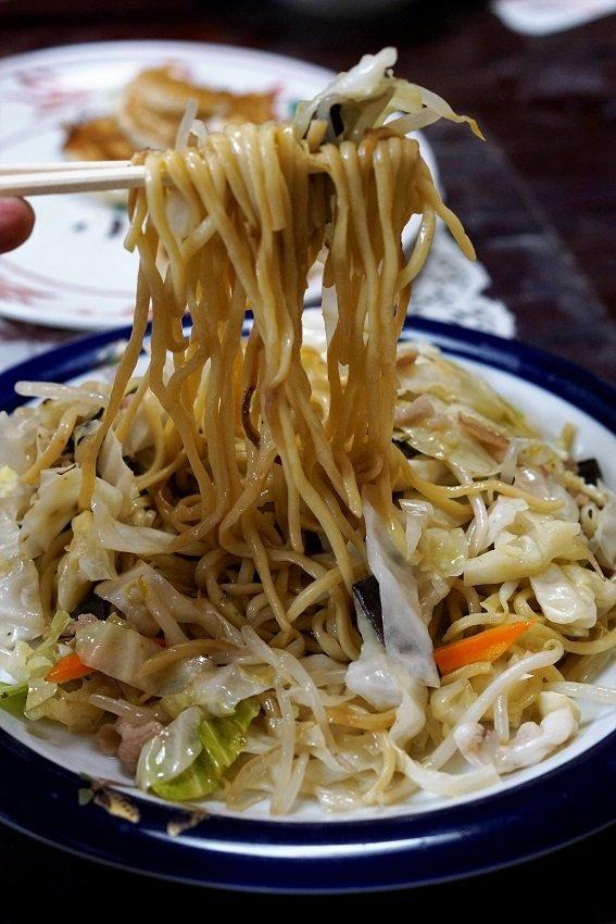 地元民オススメ!焼肉や天ぷら定食など、お腹いっぱいになれる福岡グルメ
