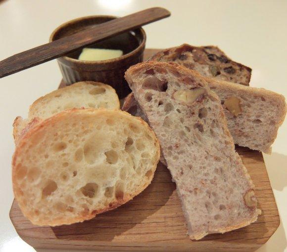 平日は食べ放題も!パン好き垂涎の名店パンをランチで思いっきり楽しむ!