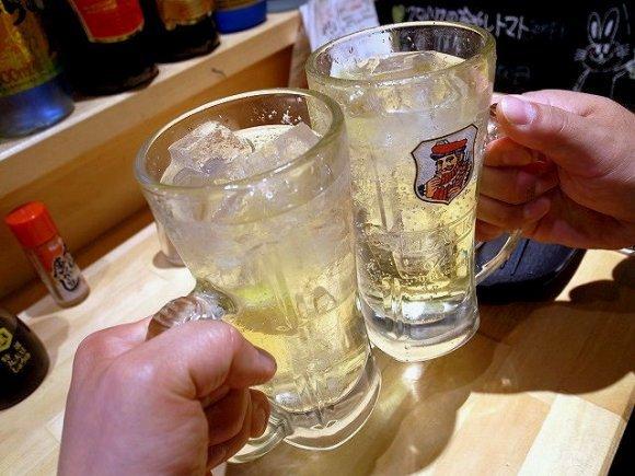 昼に呑む酒は美味しすぎてやめられない!?朝・昼間からお酒が楽しめる店