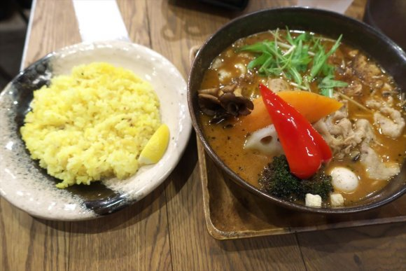 【スープカレーGARAKU】1時間並んでも食べたい!札幌を代表する店