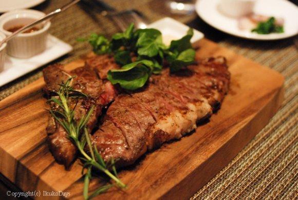 迫力満点の塊肉!ドライエイジングTボーンステーキを表参道で