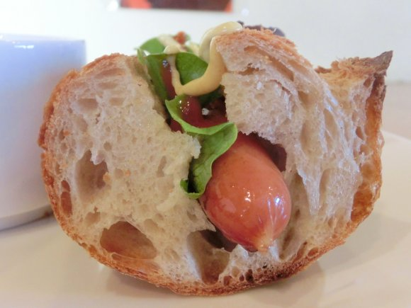 次のブームはこれ!ハード系好きなら行くべき、希少なフランスパン専門店