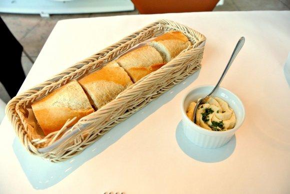 食欲の秋と芸術の秋を同時に満たす!国立新美術館内のレストランとカフェ