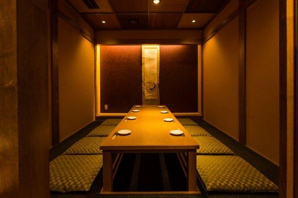 九州名物をまるっと堪能!超充実コースも魅力的な博多駅近の贅沢居酒屋