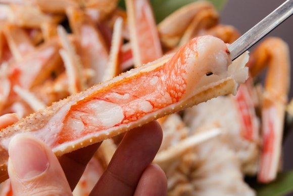 茹で蟹に蒸し蟹、天ぷらにお寿司も!新宿で5980円蟹食べ放題の新店