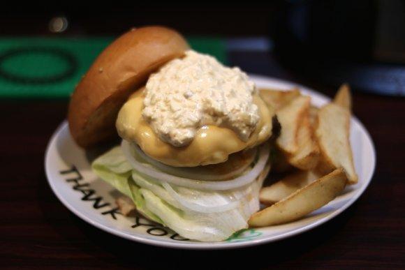 感激!今は無き伝説の本格ハンバーガーが食べられるアイリッシュパブ