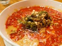 中華とラーメンの人気店がコラボ!話題のお店でいただく絶品タンタン麺