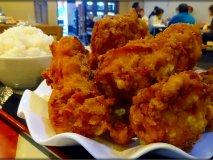 唐揚げだけで1kg超!巨大すぎる「鶏の唐揚げ定食」が旨い中華料理店
