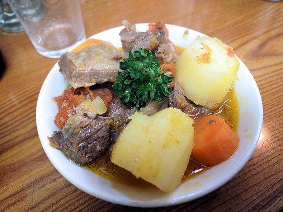 牛スジトマト煮は食べるべき一品!五反田駅チカの大衆酒場『かね将』