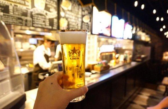新橋で昼飲みするなら!ノンベエの聖地・新橋で昼から安く飲める酒場5選