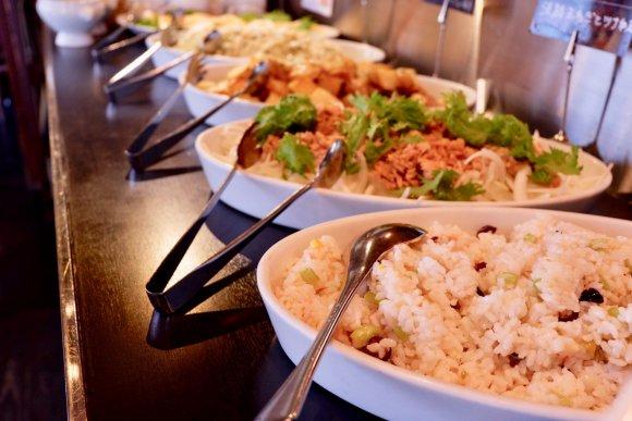 900円で産地直送野菜が食べ放題!イタリアンレストランのパスタランチ