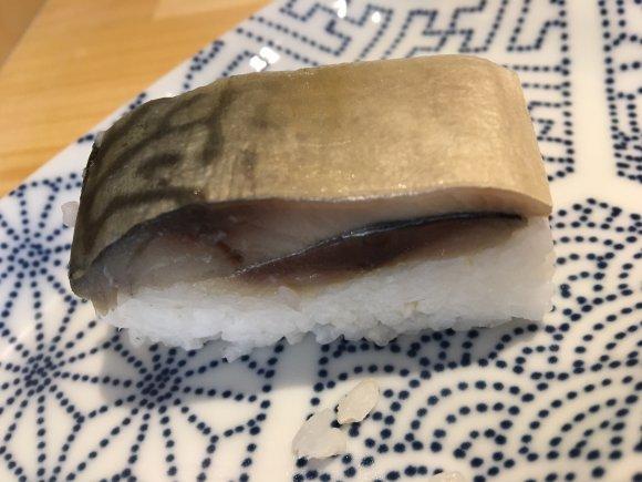 サバの旨味がぎゅっと凝縮!鯖節をふんだんに使った「サバ醤油そば」