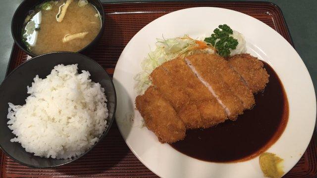 筋金入りの名古屋人が本気でおすすめ!コスパが高すぎる味噌かつランチ