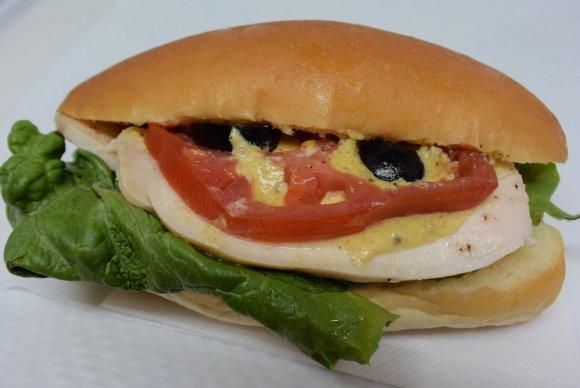 給食の定番・コッペパンのイメージが覆る!進化を続けるコッペパン5選