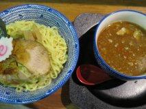 福岡は豚骨だけじゃない!天神でおすすめの「つけ麺」厳選3軒