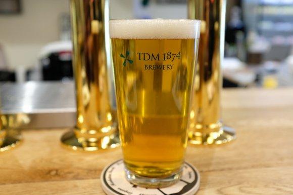 作りたてのビールも角打ちも両方楽しめる!老舗酒屋が始めたブルーパブ