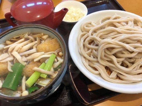 もちもち麺と季節の野菜をたっぷりと!農園直営の武蔵野うどん専門店