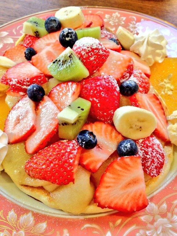 思わず胸きゅん!フルーツ盛り盛りパンケーキがあるカフェ5選