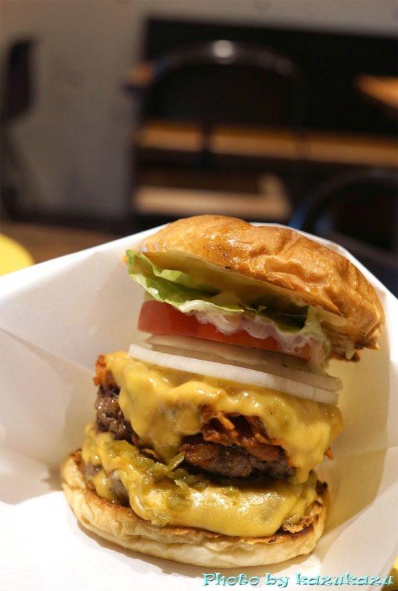 ボリューム満点で画力抜群!肉々しいパティが絶品なハンバーガーの新店